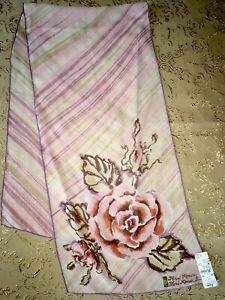 Roese-RARE-Vintage-NEW-WITH-TAGS-FROM-BULLOCK-S-Circa-1970s-Floral-Silk-Scarf