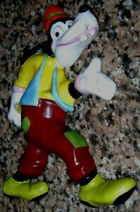 Pretty Disney Goofy Tribilin Ceramic wall hanging figurine Argentina vintage 60s