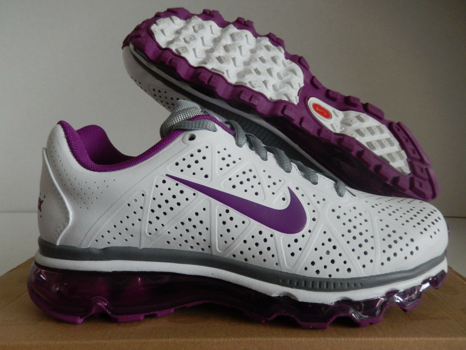 WMNS NIKE AIR MAX + 2011 LEA LEATHER WHITE-BOLD BERRY-GREY SZ 6.5 [456326-100]