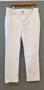 St. John's Bay Women's Size 16 Straight Leg Mid Rise White Jeans NWT