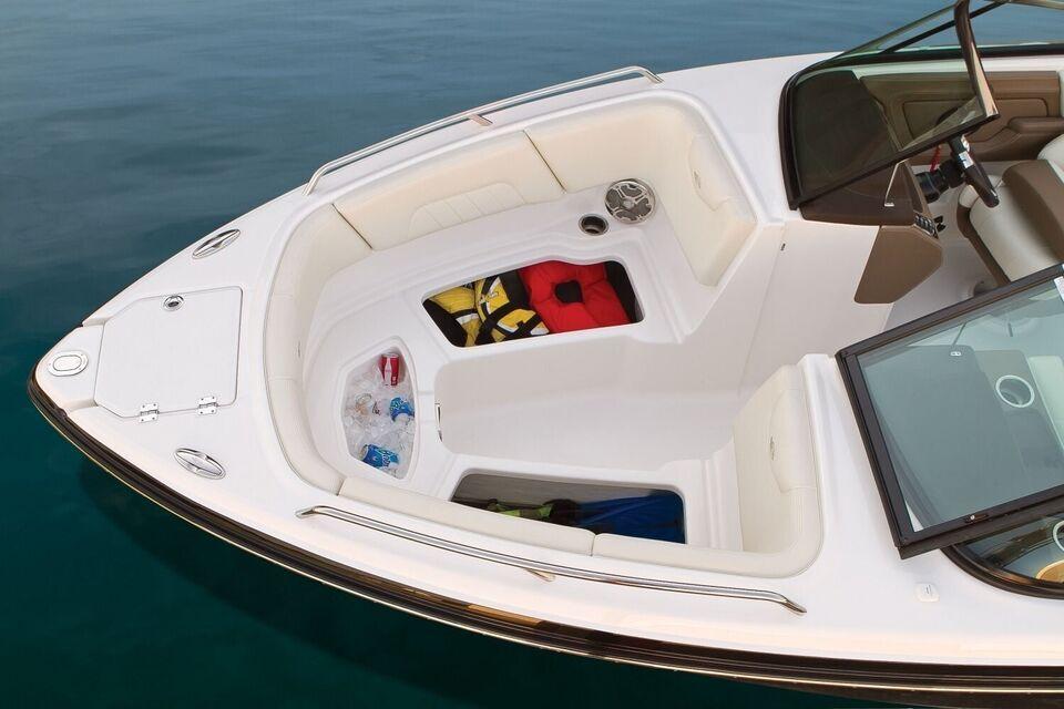 Chaparral, Motorbåd, fod 23