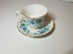 Queen-Anne-Bone-China-Blue-Floral-Tea-Cup-and-Saucer-Set-Made-in-England