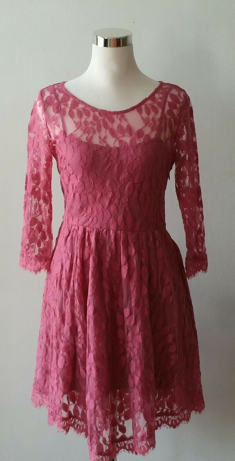 Free People  Woherren Flare Lace Dress Asymmetrical Hem  Größe 6 New