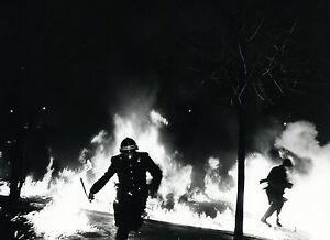 PHOTO-PRESSE-VINTAGE-CRS-PARIS-1971-MANIF-ORDRE-NOUVEAU-PALAIS-DES-SPORTS-01