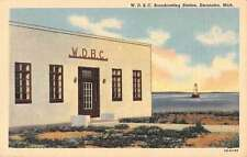 Escanaba Michigan WDBC Broadcasting Station Linen Antique Postcard J48543