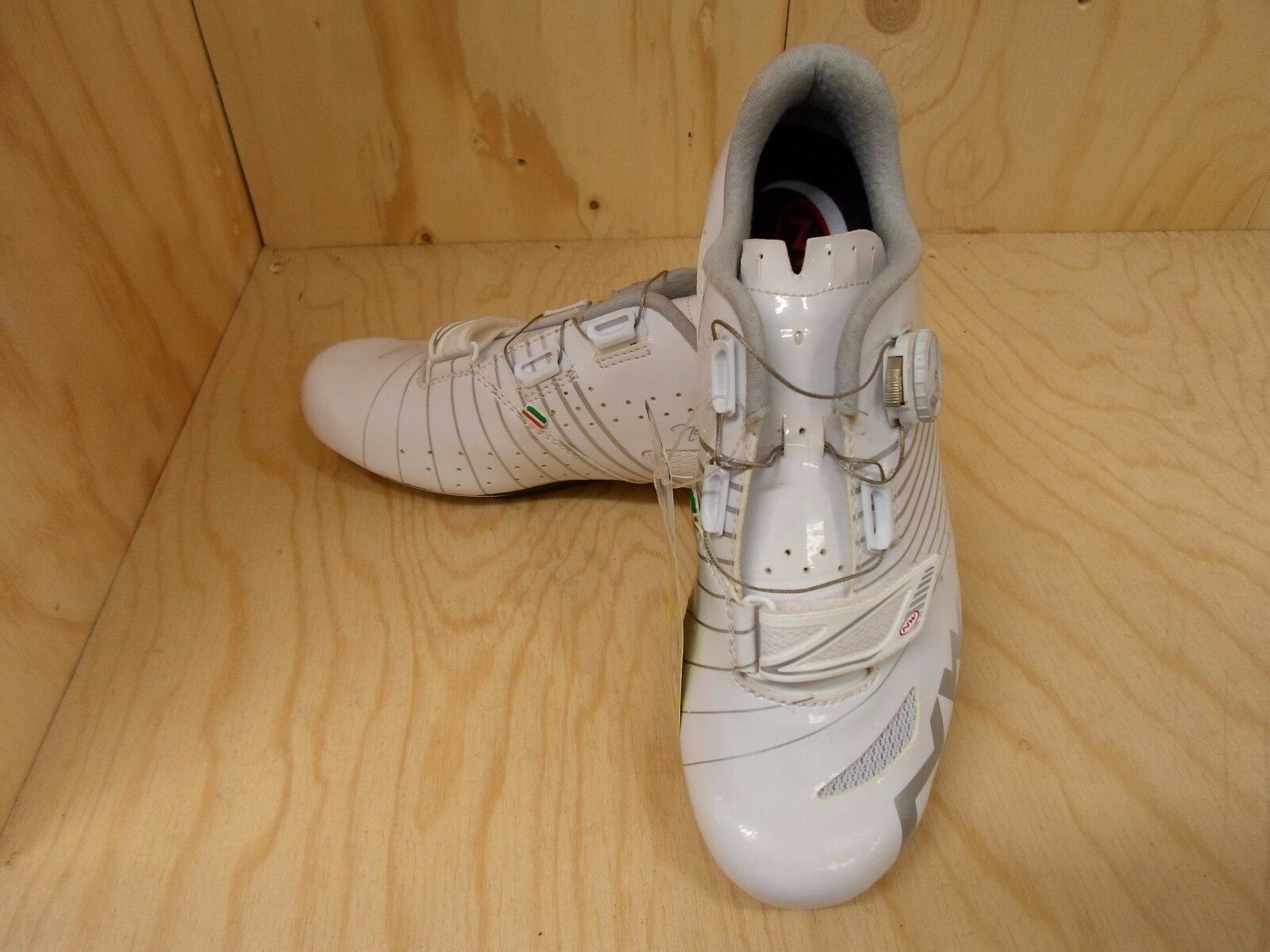 NORTHWAVE VITAMIN WOMEN'S ROAD SHOES - SIZE 41 (RRP .99)