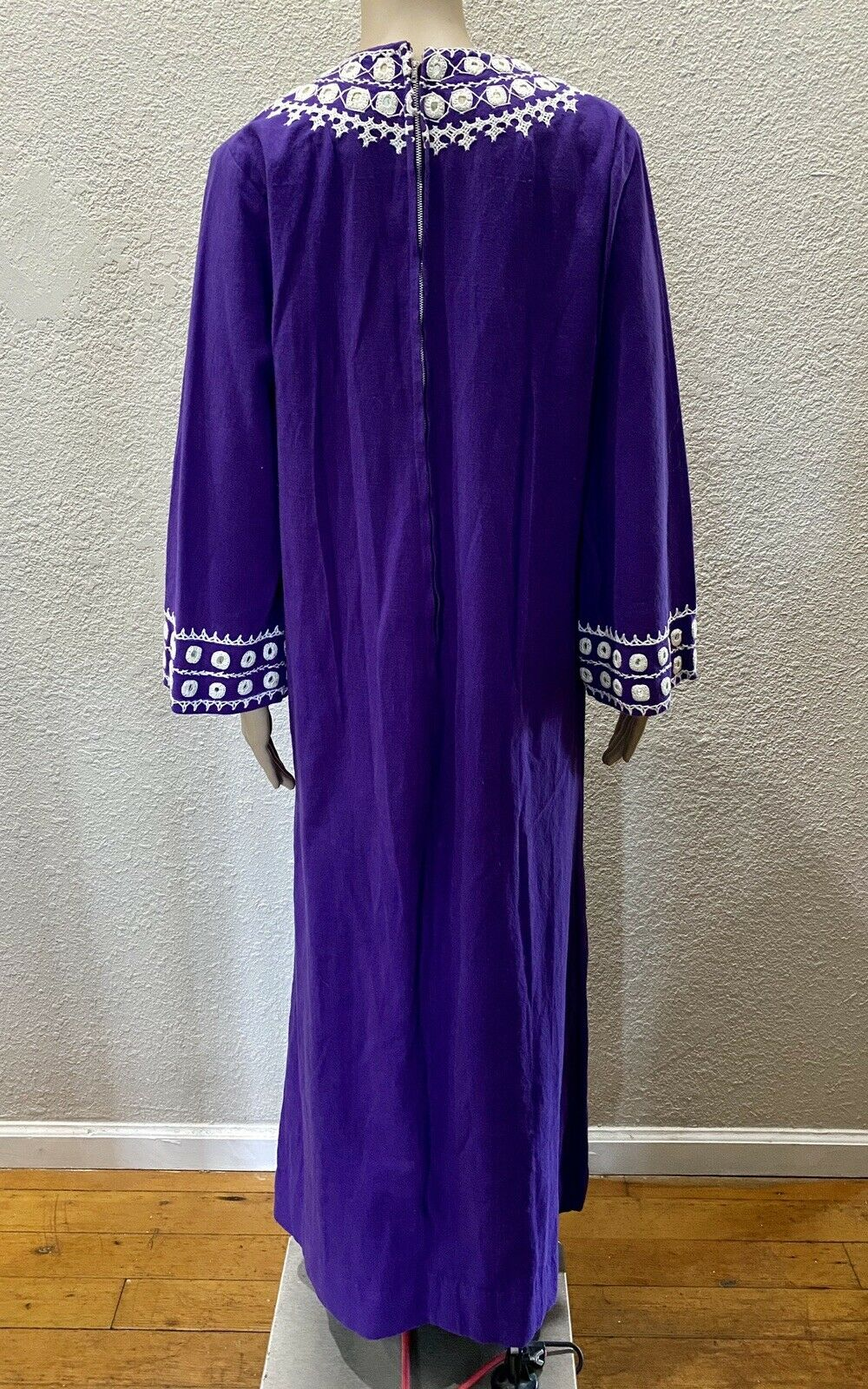 Ramona Rull Purple Cotton MIRROR Embroidery 60s B… - image 8
