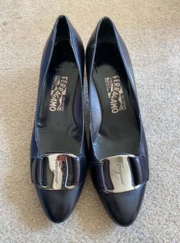 Salvatore Ferragamo Black Kitten Heels Size 7