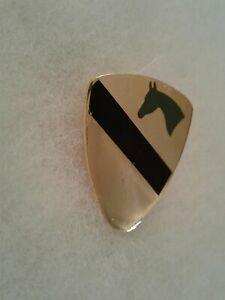 Authentic-US-Army-1st-Cavalry-Regimental-Combat-Team-RCT-3-Insignia-DUI-DI-Crest