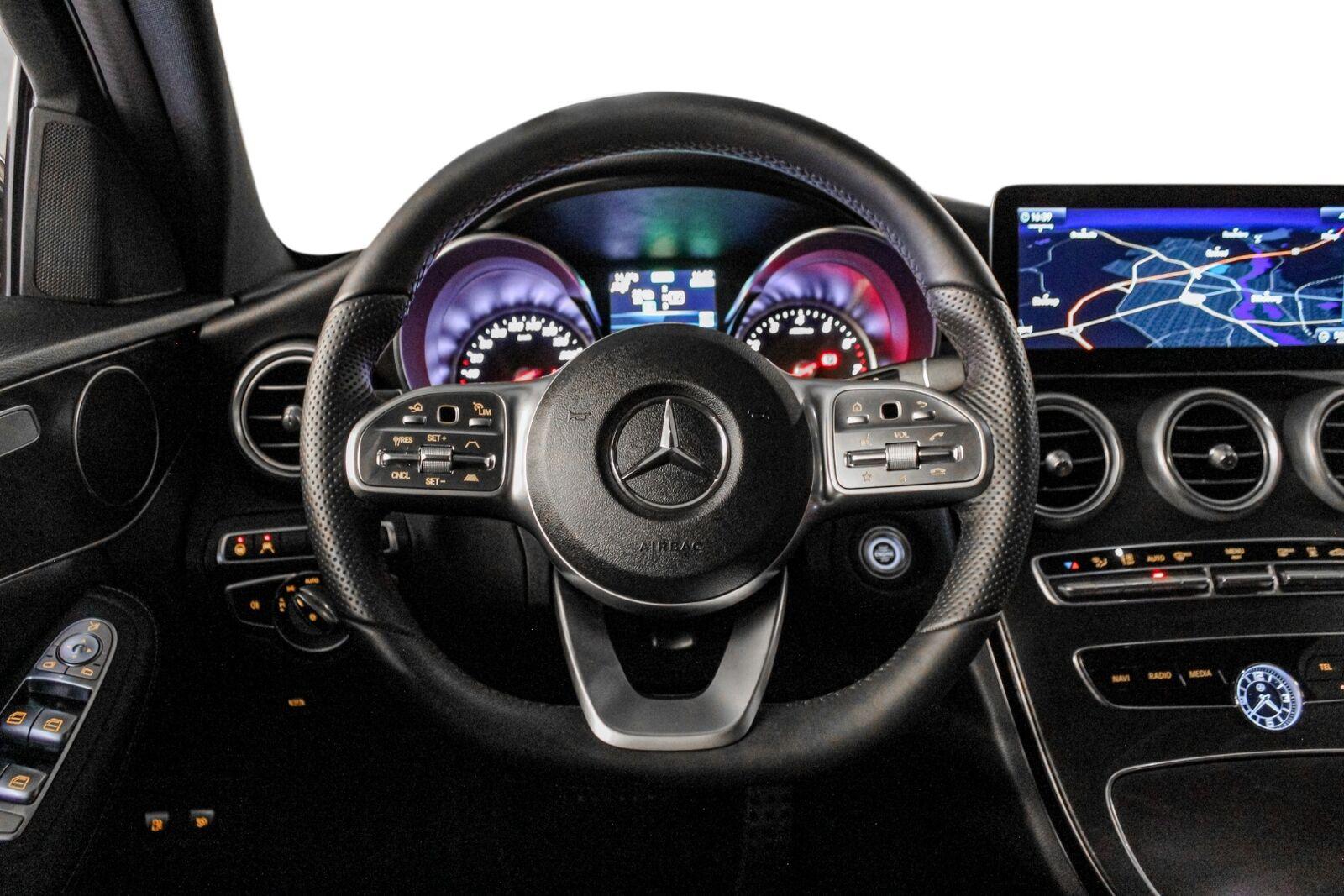 Mercedes C300 e AMG Line stc. aut.