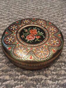 Vintage-Cookie-Biscuit-Embossed-Tin-Made-In-Holland-Floral