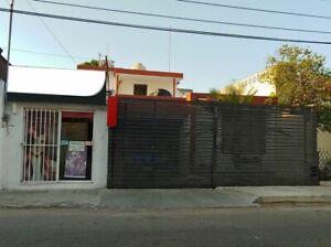 Casa en venta con local incluido en el centro de Mérida