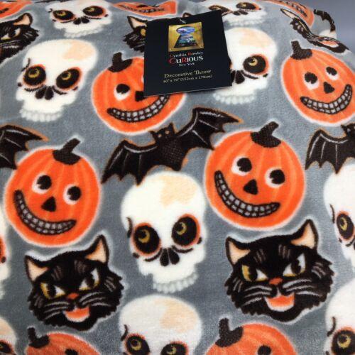 Cynthia Rowley Halloween Throw Blanket Micro Fleece Skull Cat Pumpkin Primitive