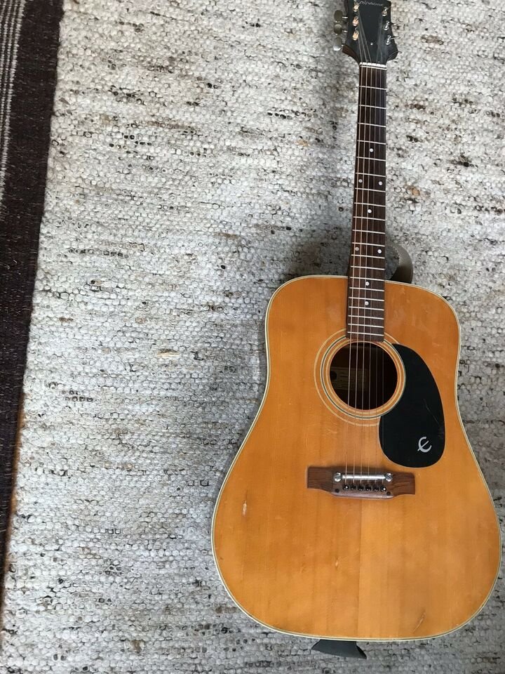 Western, Epiphone Texan FT 145