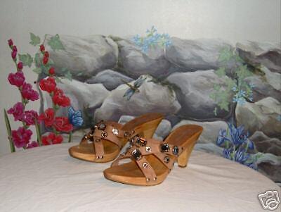 New BEVERLY FELDMAN Tan Leather & Crystals Sandals 9