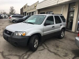 2005 Ford Escape XLS - Low KM - Certified