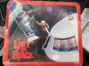 LOST-IN-SPACE-1965-tv-series-LUNCH-BOX-TIN