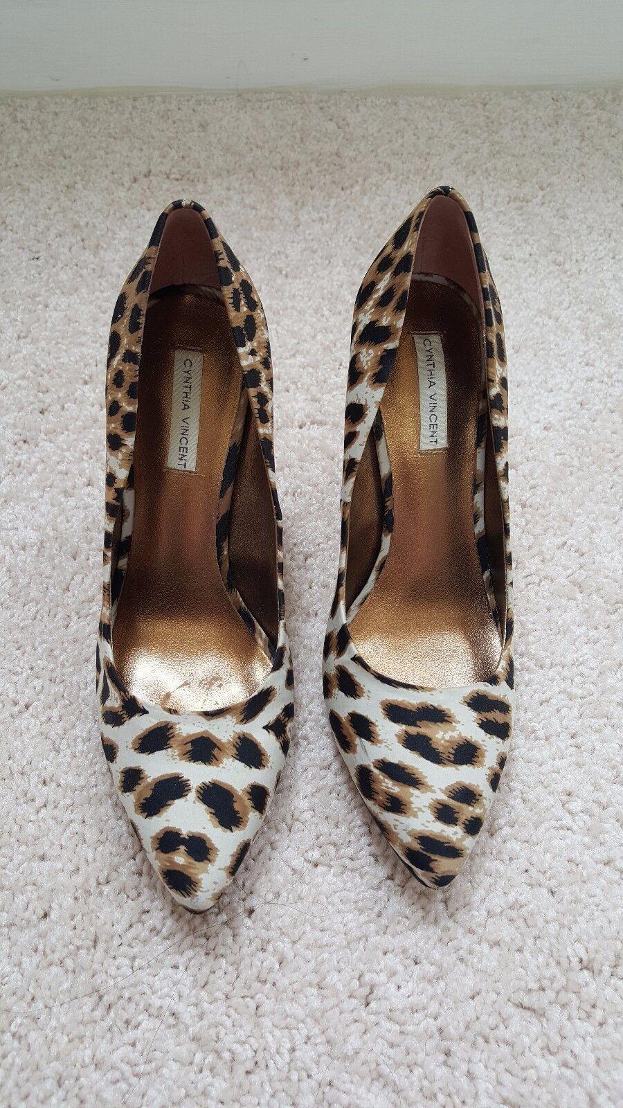 Cynthia Vincent Vincent Vincent Leopard Print High Heel Chunky Pumps Ivory Brown Multi,  Size 7 70b5f1