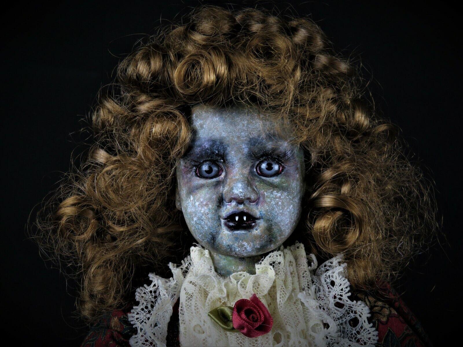 Lilith por Wicked Wanda creaciones  uno de una clase espeluznante halloween espeluznante Horror Muñeca