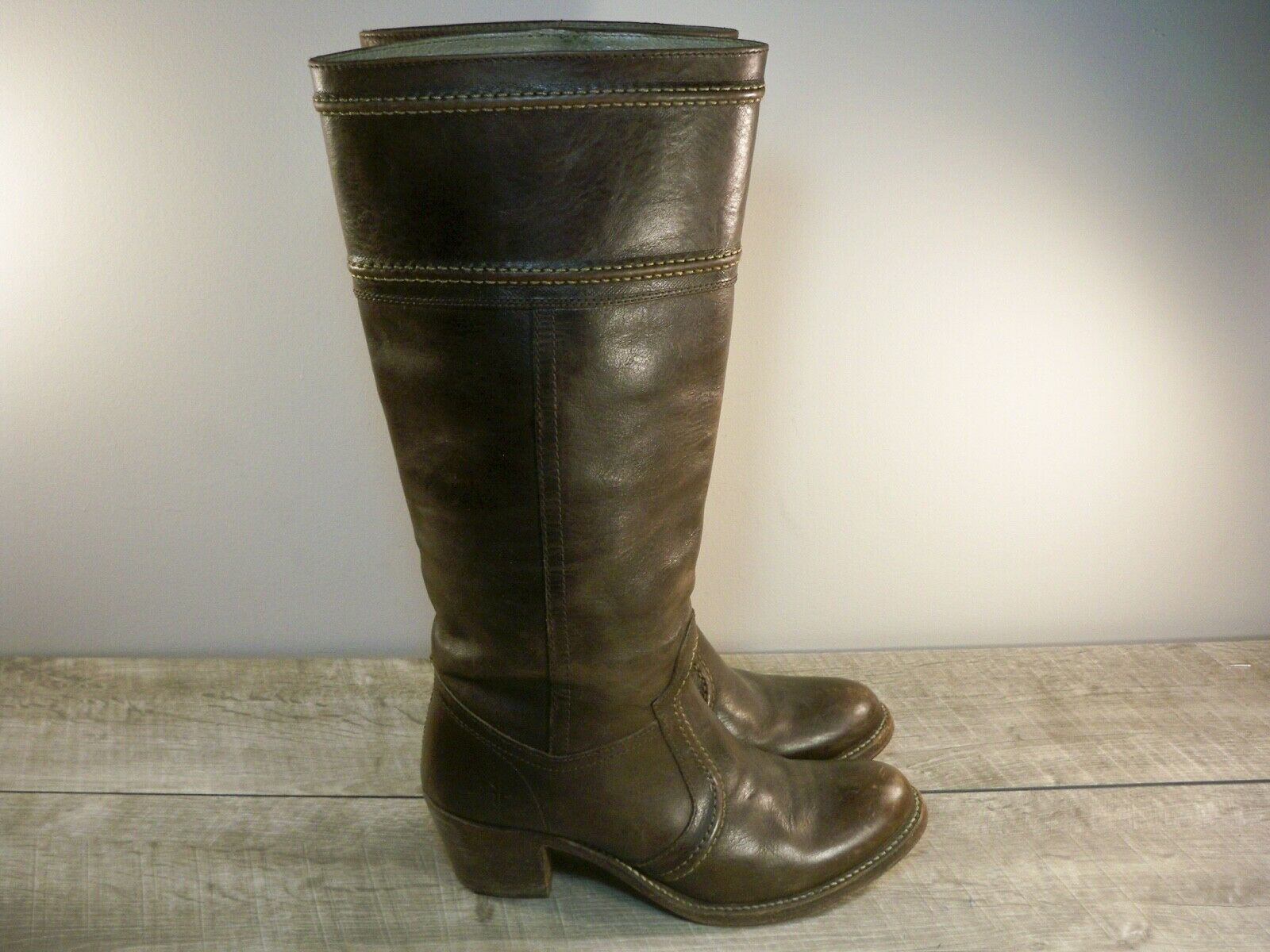 Women's Tall Frye 77231 Jane 14L Brown Leather Riding Stacked Heel Boots Size 8