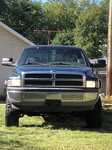 2000 Dodge Ram 2500 Laramie