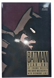 Batman-Year-One-Collected-Frank-Miller-1988-1st-DC-Warner-Books-edition-GN-TPB
