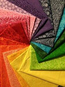 "100 % Cotton ""Shades of the Rainbow"" 20 Fat Quarter Bundle"