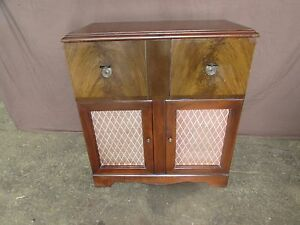 Vintage Silvertone Radio and Record Player Wood Cabinet #S140 | eBay
