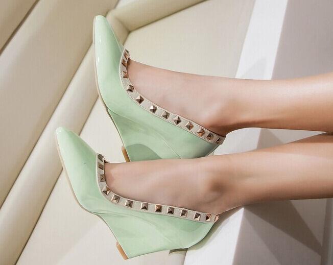 Décollte Schuhe Pumps elegant Frau Keilabsätze 8 cm glänzend magenta elegant Pumps komfortabel 2ab2df