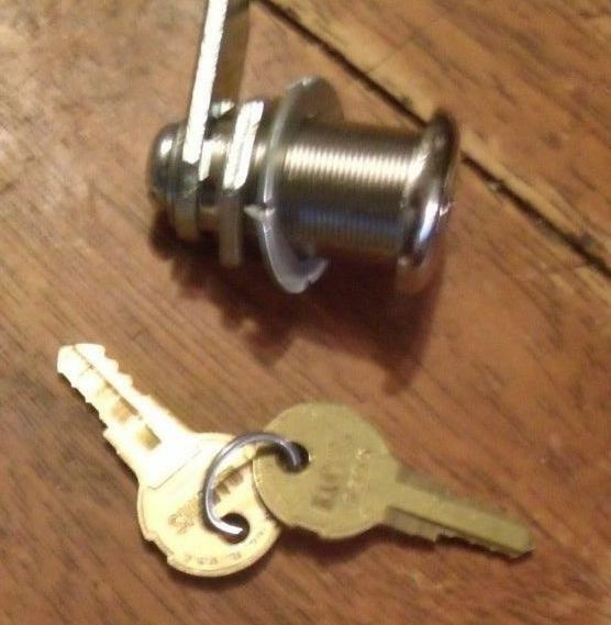 SEEBURG JUKEBOX DOUBLE BITTED 1-1/8 LONG CASHBOX LOCK w/ 2 Keys