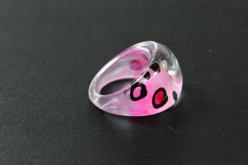 ZX4 LADIES PINK LEOPARD SPOTTED CLEAR RESIN RING FUNKY UNIQUE STATEMENT PIECE