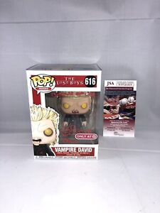 KIEFER-SUTHERLAND-SIGNED-THE-LOST-BOYS-DAVID-FUNKO-POP-JSA-TARGET-EXCLUSIVE