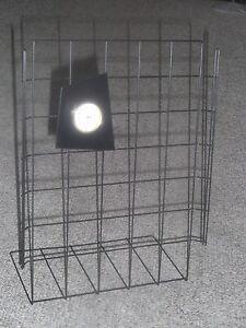 Schmuckstaender-Gitter-STANDER-Schmuck-Farbe-schwarz-mi-Uhr-Applikation-Gitteruhr