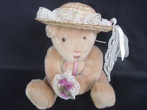 GOTTA-GET-A-GUND-100-years-Anniversary-Bear-with-Hat-and-Flowers
