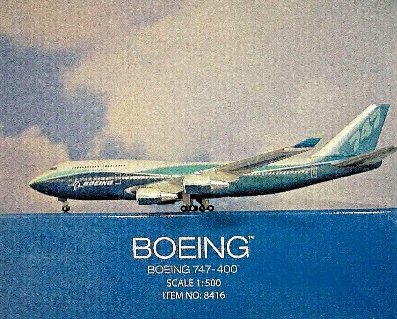 Hogan Wings 1 500 Boeing 747-400  Boeing House color Nr.8416  Modellairport500