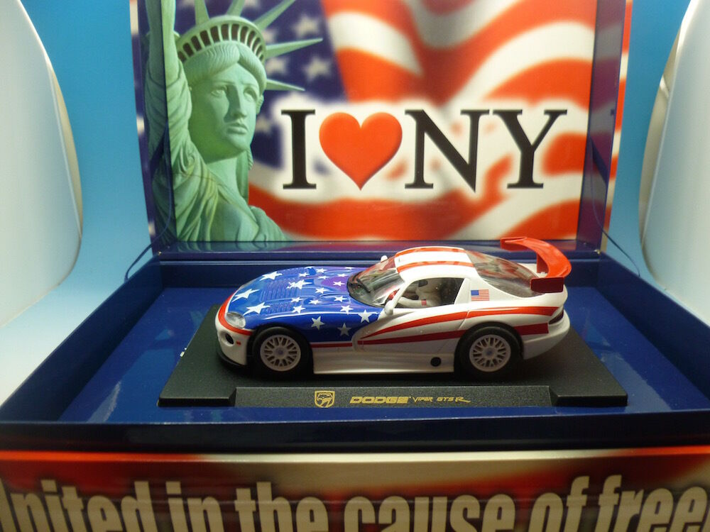 Fly Dodge Viper  United in the cause of Freedom  mint boxed