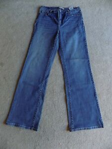 22ebaed37c6ac Levi s 512 Jeans Women s size 12m Perfectly Slimming Boot Cut Made ...