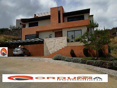 VENTA CASA 437 M2 3 NIVELES EN CAMPO GOLF ALTOZANO VISTA AL CAMPO Y MONTAÑAS 4 RECAMS 5 BAÑO MORELIA