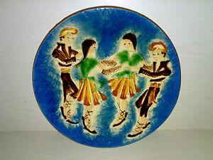 Wandteller-Wall-Plate-PUIGDEMONT-Spanien-Spain-Taenzer-Dancers-Dia-32-cm-LOOK
