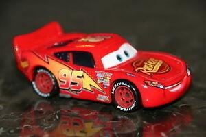CARS-LIGHTNING-MCQUEEN-SAETTA-Mattel-Disney-Pixar-Loose
