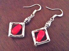 BOUCLES d'OREILLES perle rouge en cage dormeuses pendants fait main france