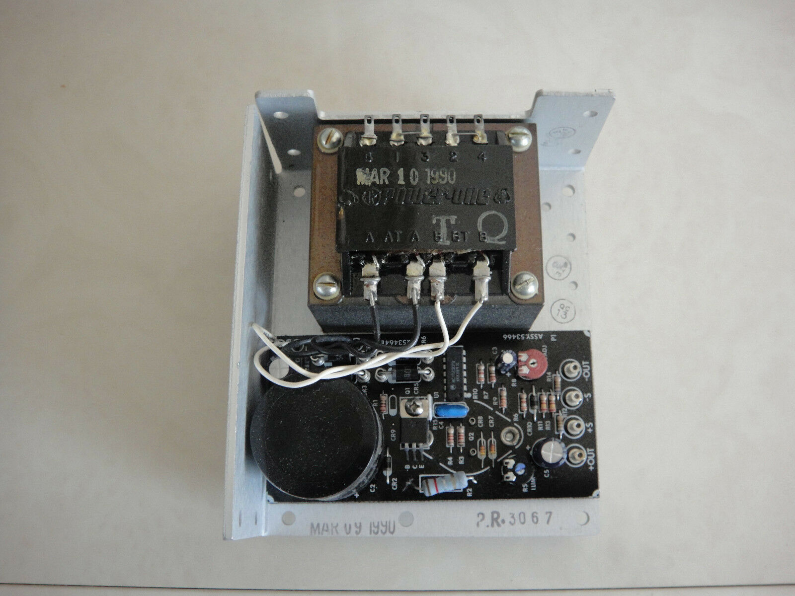 PS New HC15-3-A Power-One Int/'l Open Frame Linear Power Supply 15VDC 3.0A
