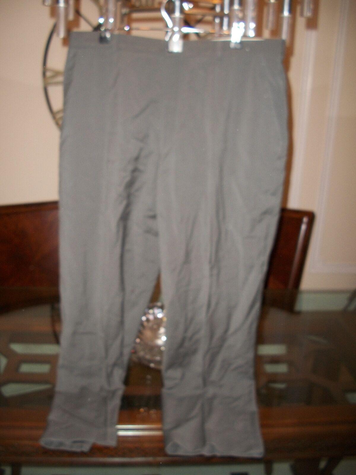 Used ARMANI COLLEZIONI olive flat front dress pants 36 x 33
