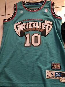 0cd53c4ad8e Image is loading NBA-Vancouver-Grizzlies-Mike-Bibby-Adidas -Original-Swingman-