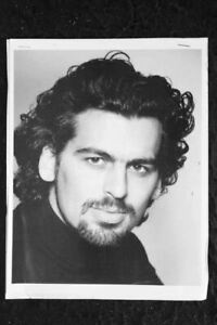 Details About Oded Fehr 8x10 Headshot Photo W Resume The Mummy Returns