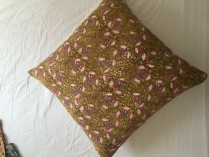 cushion cover puff from India