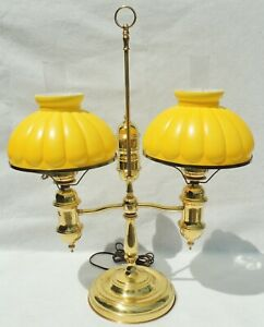 Large-Antique-Vtg-Yellow-Cased-Ribbed-Glass-Brass-Double-Student-Desk-Table-Lamp