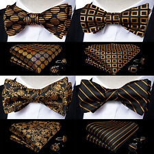 *BRAND NEW* GOLD AND BLACK ARGYLE CHECK MENS BOW TIE AND POCKET SQUARE SET B1071
