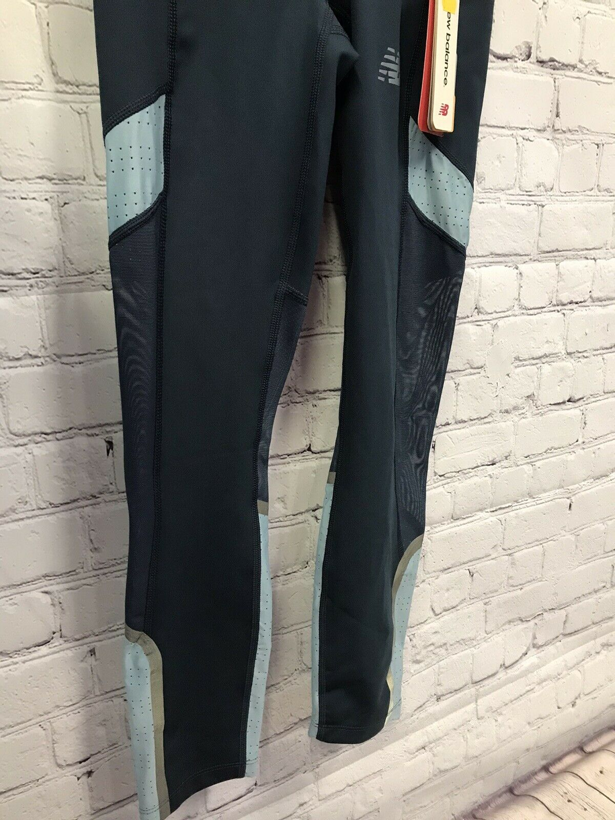 Womens New Balance Q Speed Running Crop Tights Navy / Teal Size Small NWT