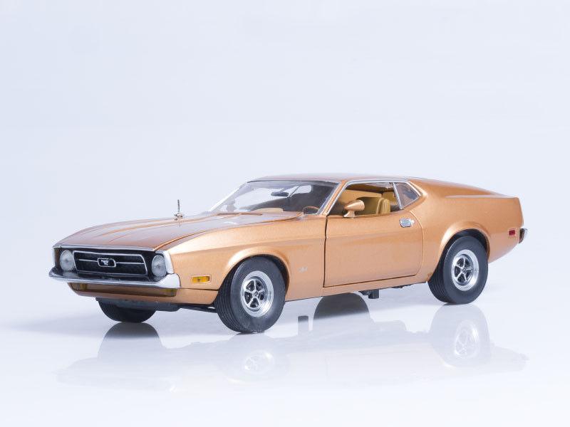 Modelo de escala 1 18 1971 Ford Mustang Sportsroof-marrón Medio